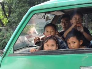 pasajeros_de_mas_en_un_coche